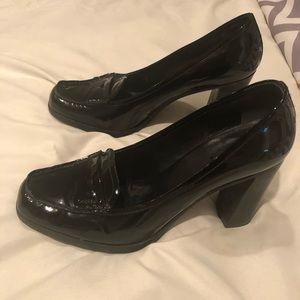 Prada black patent leather high heel loafer EU38.5
